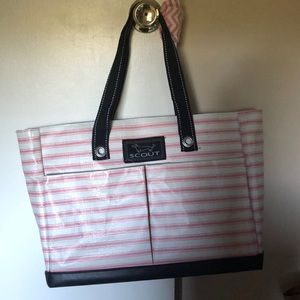 A scout tote bag- uptown girl